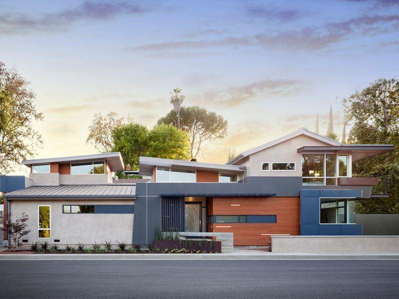 Custom Contemporary Architecture Home by HartmanBaldwin